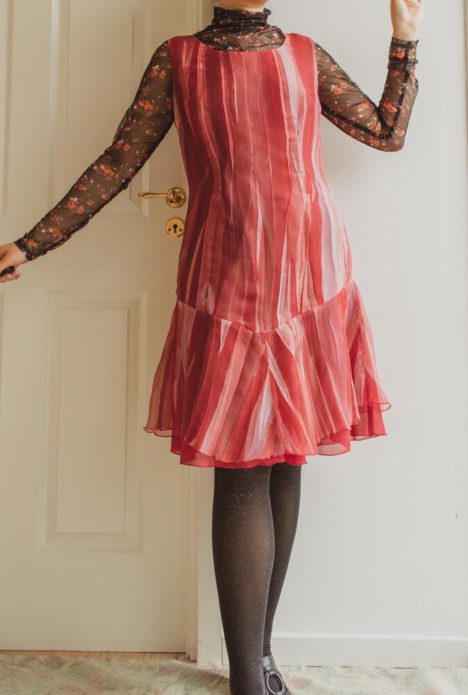 Dark red art dress M/L