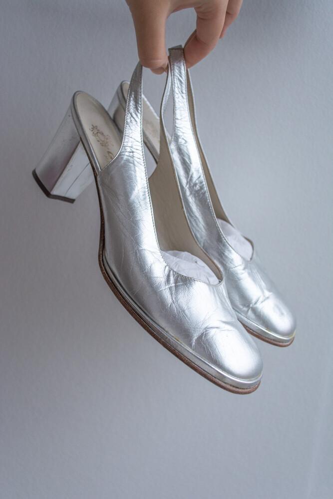 Silver square toe Italian shoes 39/40