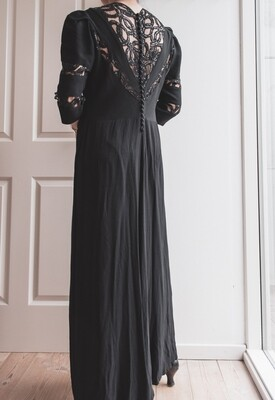 The most beautiful black vintage dress L