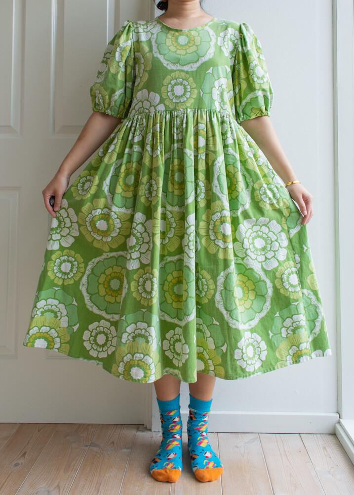Remade dress Elisabeth-apple green