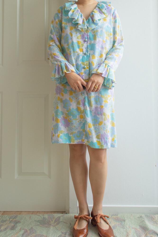 Pastel ruffle dress L