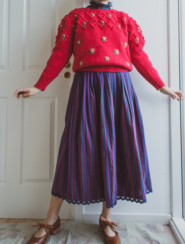 Vintage embroidery thick sweater M/S