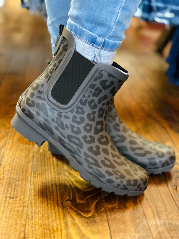 The Chelsea Rain Boots