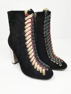 Braids boots