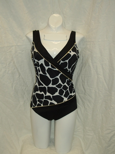 Longitude Giraffe Piped Side Shirred Surplice 1pc