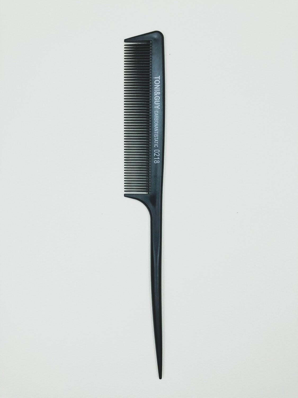 Расческа для волос carbon antistatic Toni and Guy 0218