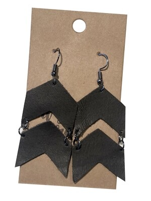Double Arrows Thick Black