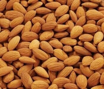 RAW ALMOND NUTS 250 grams