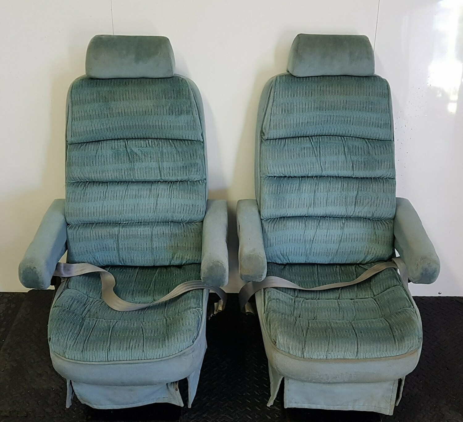 Swivel & Removable RV Captain Seats