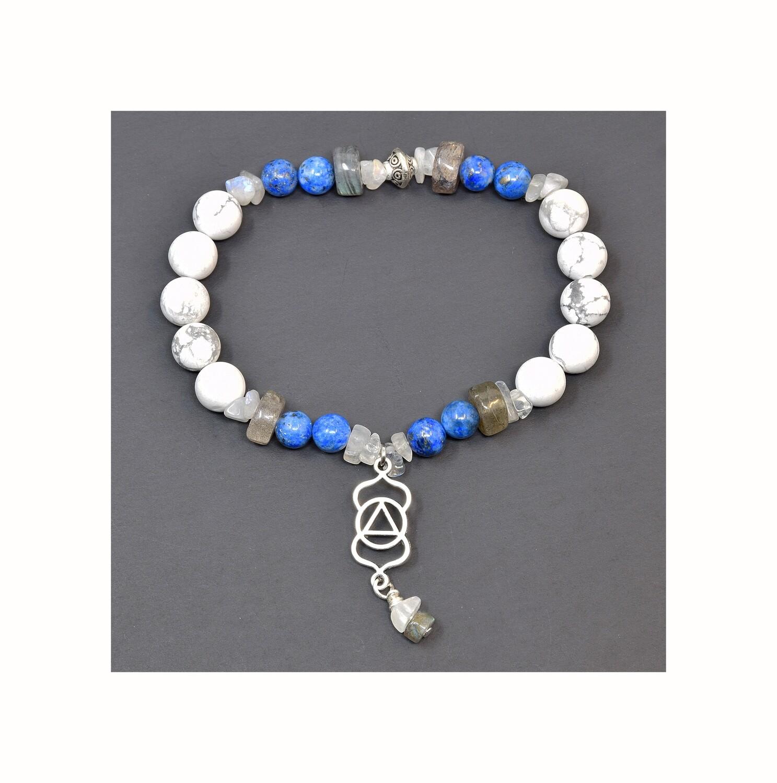 """Reiki Charged Ajna (Third Eye Chakra) Charm & Gemstone Bracelet (Fits wrists up to 6.75"""")"""