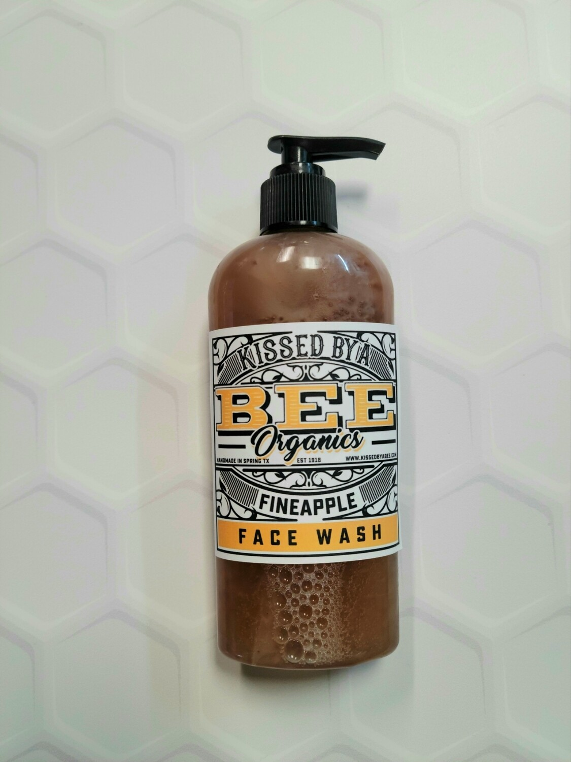 The Fineapple Face Wash