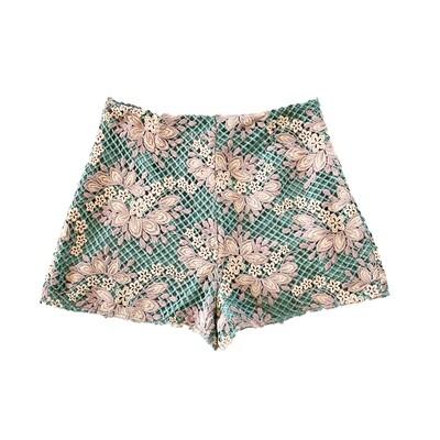 ENTRO - High Waisted Seafoam Crocheted Shorts