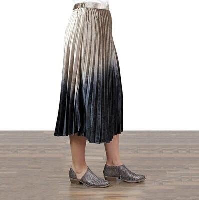 Umgee - Tan-Black Pleated Midi