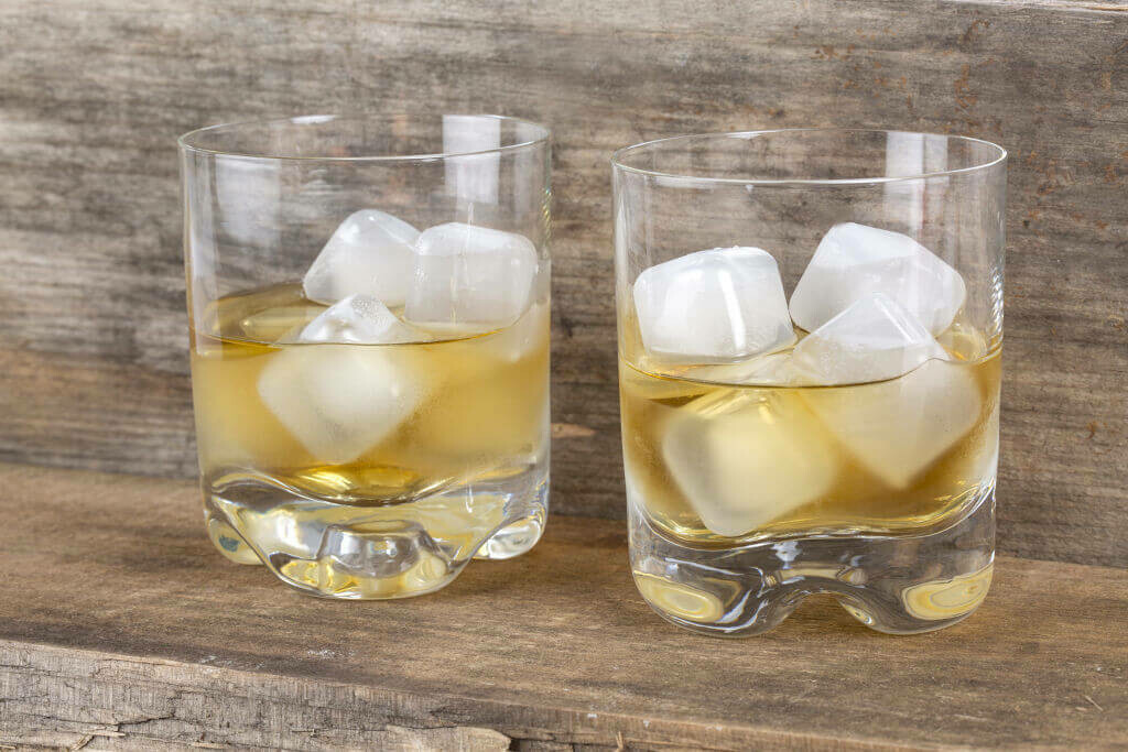 Clear Reusable Ice Cubes /CU267