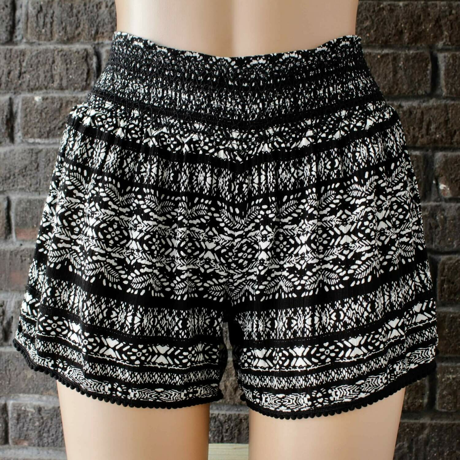 Blk/Wh Shorts