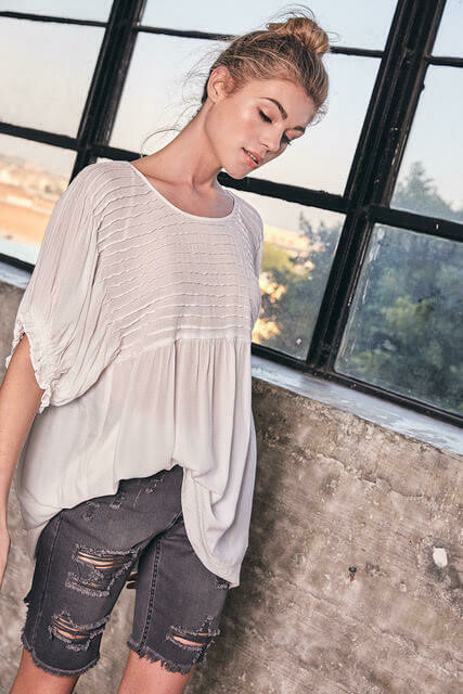 tucking detail top