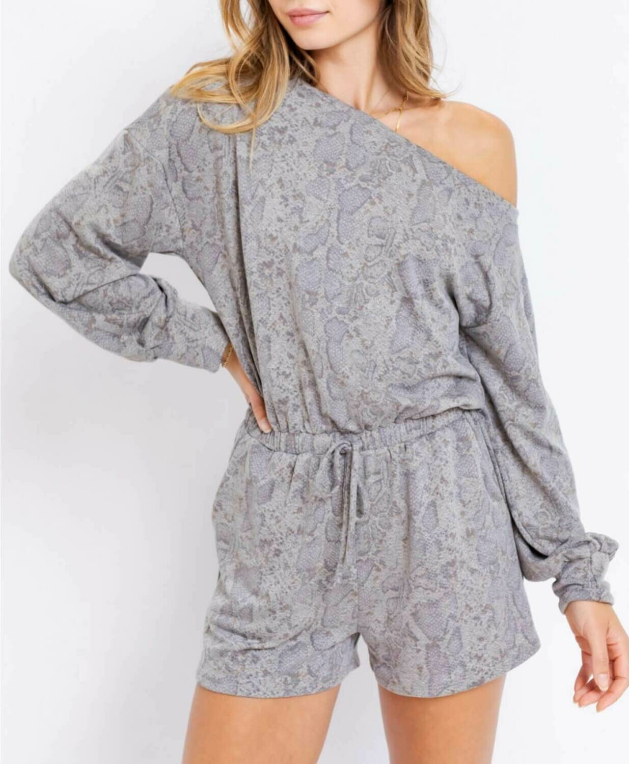 Slouchy shoulder romper