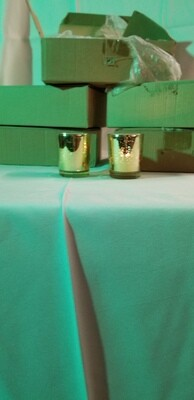 Tea light & votive candle holders