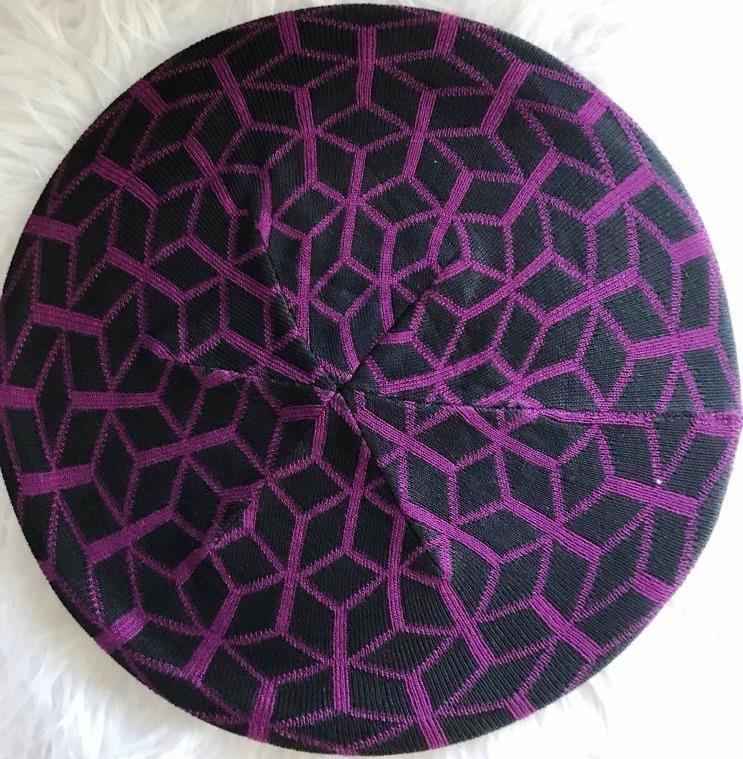 Black/plum mosaic pattern beret/snood