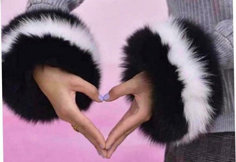 Black/white fur cuffs