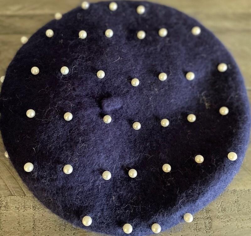 Navy wool beret w/pearls