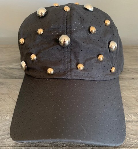 Lightest chic caps