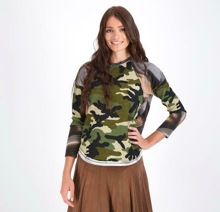 Camouflage multi-color Top