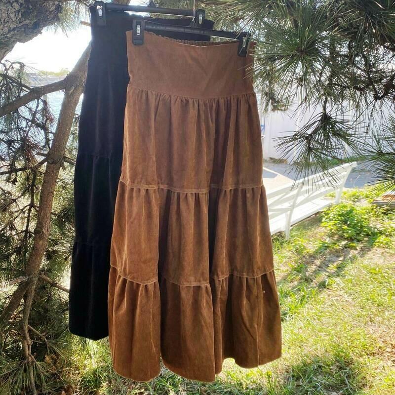 Long tiered skirt corduroy
