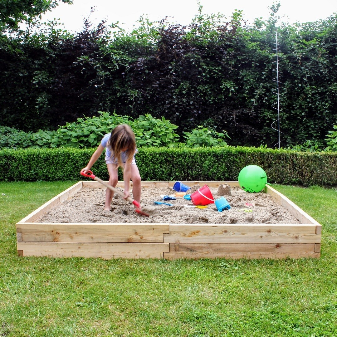 Modulair uitbreidbare houten zandbak XXL | L 210 x B 210 x H 25 cm