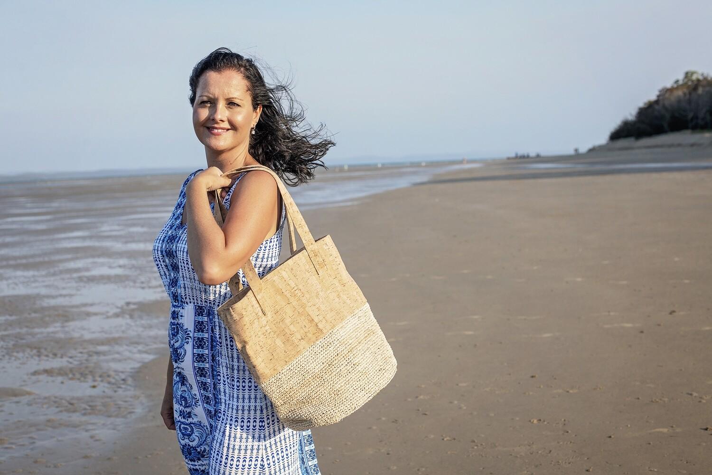 Saphira large Natural Tote Bag