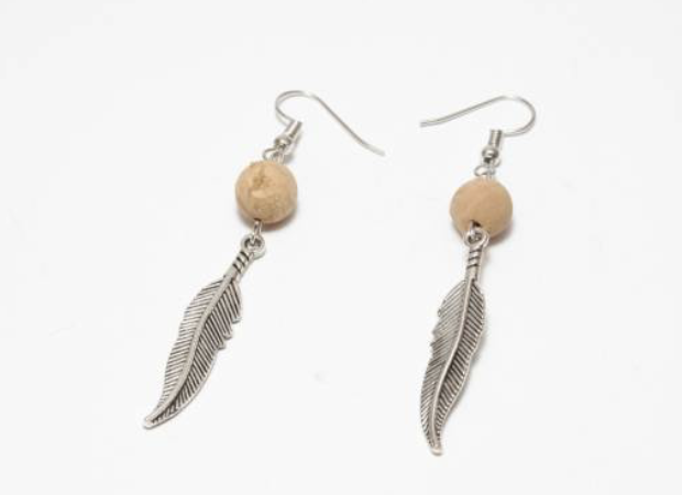 Cork with feather earings