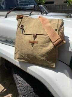 Plain Canvas Messenger Bag