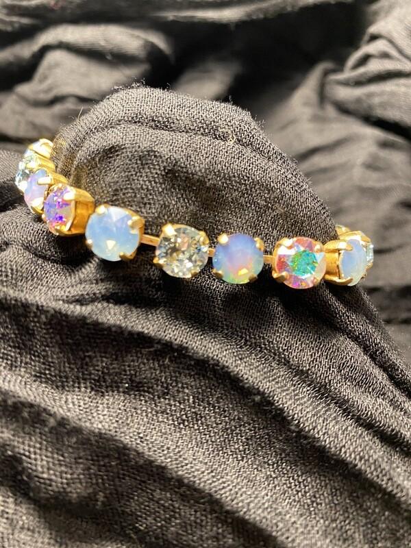 La Vie Cup Chain Crystal Bracelet