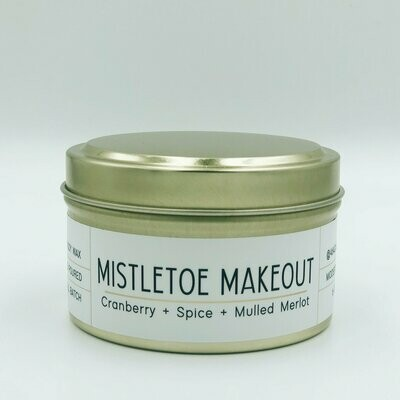 464 Mistletoe Makeout 6oz tin