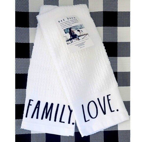 Towel Rae Dunn Love/Family set