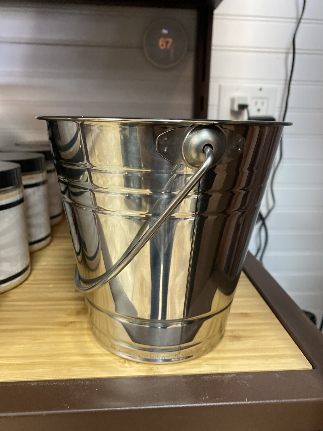 GMG Metal Bucket