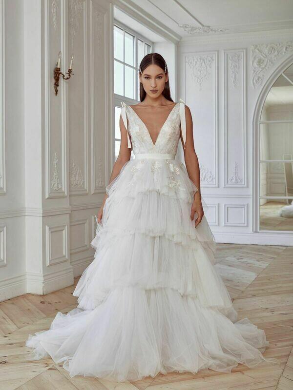 Свадебное платье EFFIE