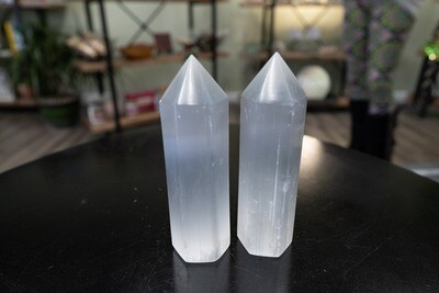 POLISHED SELENITE TOWER