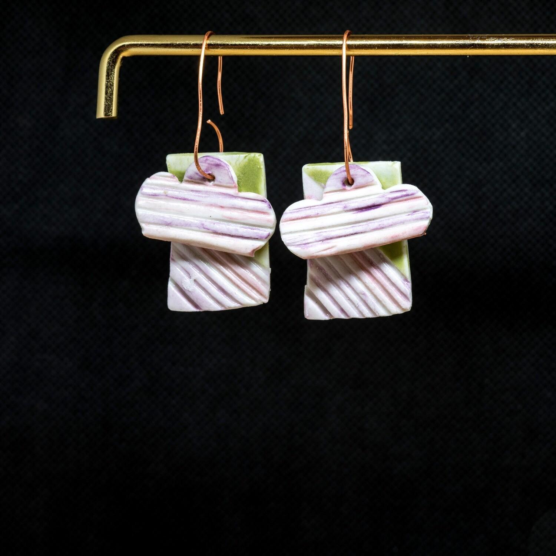 HL111 Lilac Showers