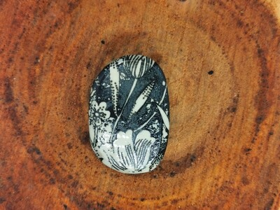 Black and White Printed Flora Brooch