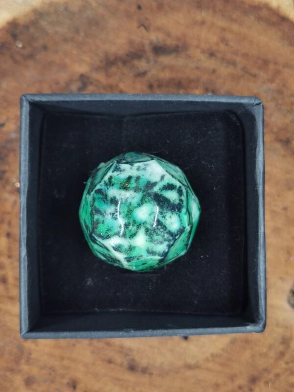 Porcelain Emerald Ring Brass Band