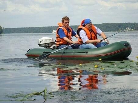 Лодка Мнев и К CatFish 310