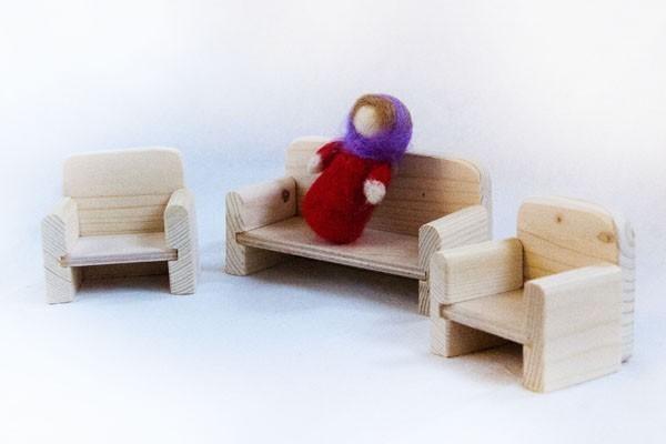 Диван и кресла для куклы