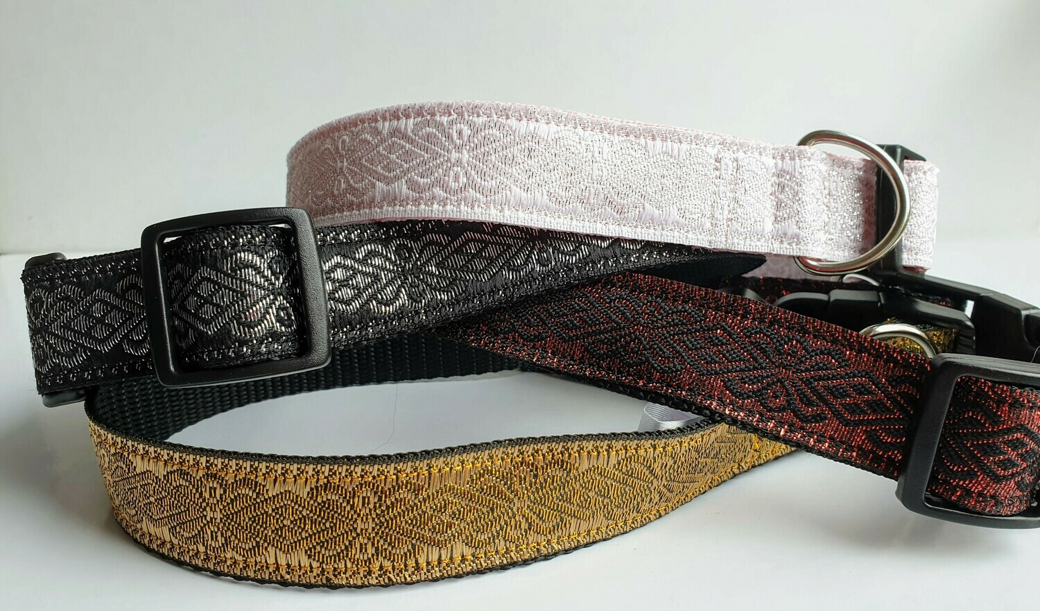 Sparkly 25mm Width Balinese Ribbon Clip or House Collar