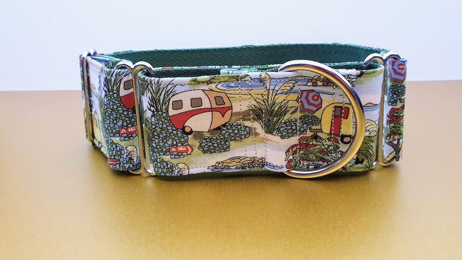 Collar 'Let's Go Camping' Martingale, House or Clip