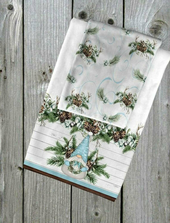 Gnome Christmas Towel Set