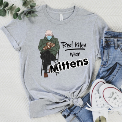 """Graphic T-Shirt """"Real Men wear Mittens"""""""