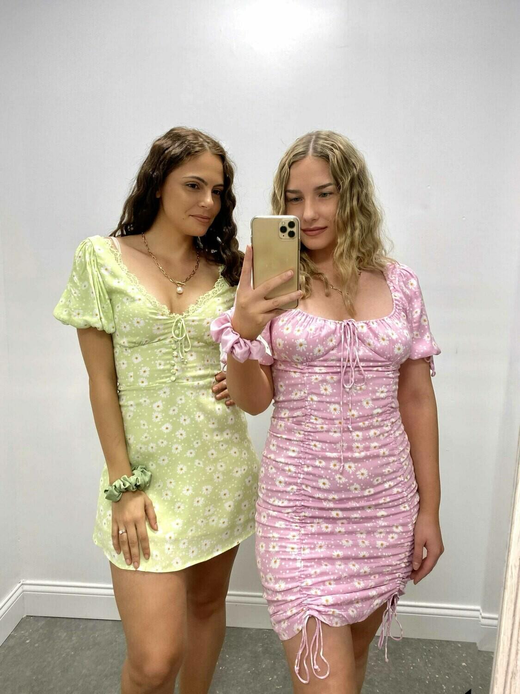 S+M Daisy Tie Neck Dress
