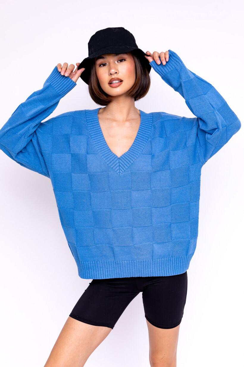 V-Neck Oversized Blue Checkered Sweater