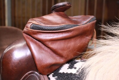 Mad Dog Leather Pommel Pouch